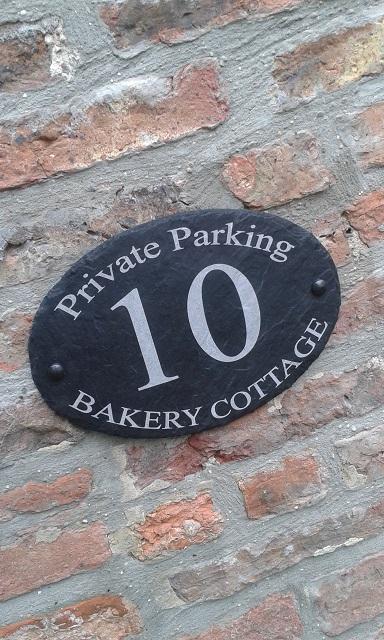 baker-cottage-parking-sign-2016