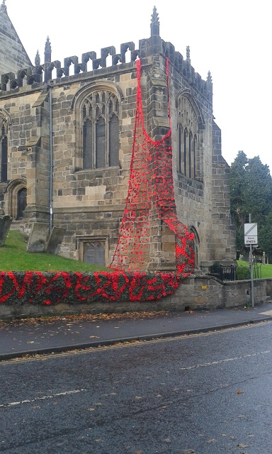 thirsk-church-yarn-bomb-nov-2016